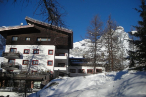 Holiday Apartment for 6 Persons in Breuil-Cervinia