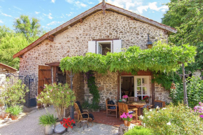 Holiday cottage for 5 Persons in Roussines