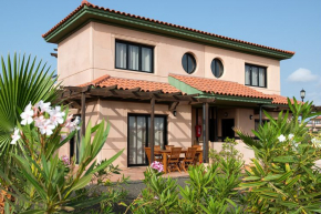 Villa for 4 Persons in Majanicho