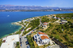 Holiday Apartment for 4 Persons in Novigrad