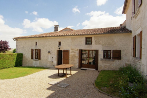 Villa for 5 Persons in Saint Preuil