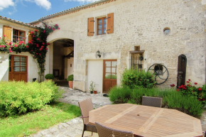 Villa for 6 Persons in Saint Preuil