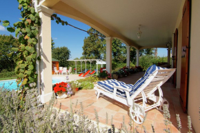 Villa for 6 Persons in Montbron